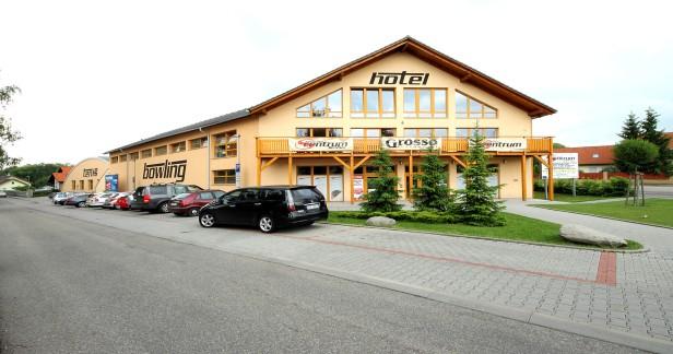 Střední Čechy: 3 denní víkendový pobyt pro DVA ve Sport & Relax centrum Hotel.