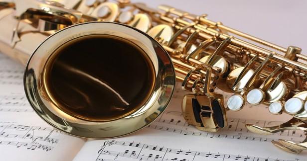 Novoroční Swingový koncert VIVAT GLEN MILLER! 1.1.2017 s orchestrem a zažijte atmosféru 30. a 40. let za sníženou cenu 299 Kč! Již po šesté a vždy vyprodáno.