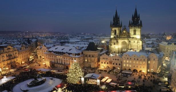 Zimní nálada v centru Prahy v hotelu Betlem Club*** 3 dny pro 2 se snídaněmi a parkováním v ceně! Jedno dítě do 8 let zdarma a platí až do konce února 2018.