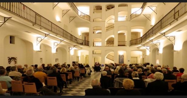 Gala koncert Muzikály potkávají klasickou hudbu v krásném prostoru Muzea České Hudby od 19:00 už 30.12.2019 s Klárovým smyčcovým kvartetem